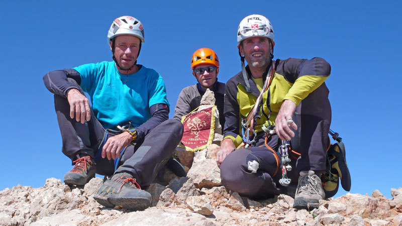 Luca Giupponi, Nicola Sartori and Rolando Larcher on the summit of Cima Vay Vay, archivio R. Larcher, L. Giupponi, N. Sartori