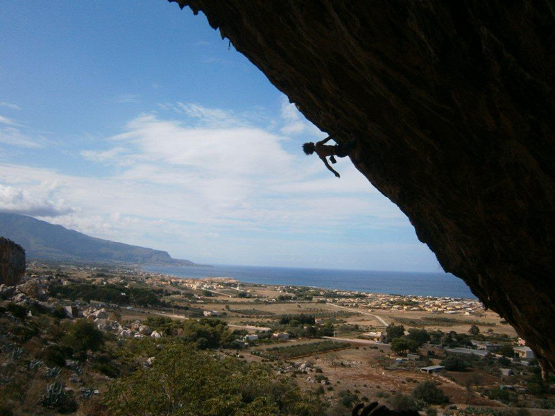 Adam Ondra freeing Climb for Life, the first 9a in Sicily., Nicola Noè