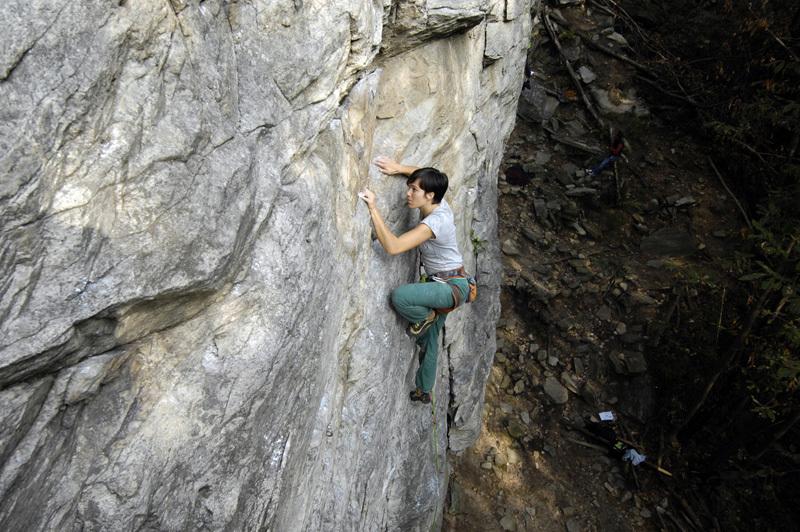 Stella Arnaudo climbing at San Leonardo, Stefano Beccio