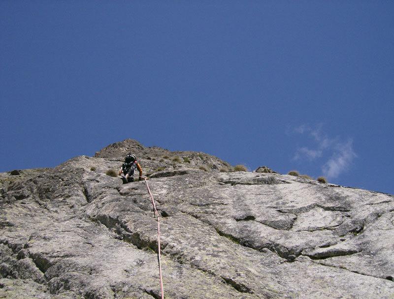 Sul VI tiro di Carpe diem, Aiguille de Chatelet, Monte Bianco, archivio M. Franceschini, F. Recchia