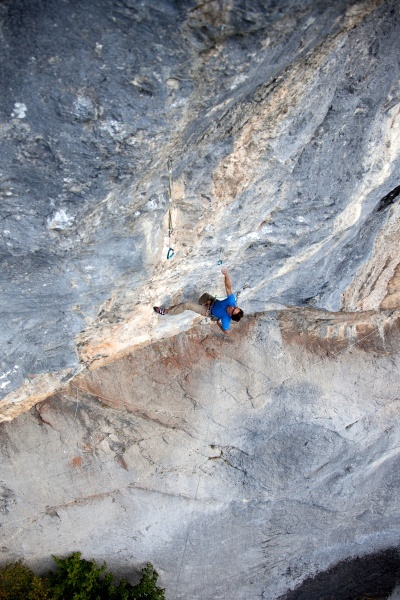 26/09/2012: Matthias Trottmann making the first ascent of Quattro stagioni, 8c 40m, Engelberg, Switzerland., Klaus Kranenbitter