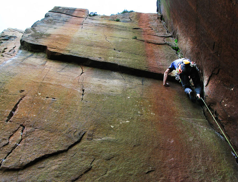 Rossano Neroni climbing a beautiful gritstone corner,  Millstone, Peak District - England, Massimo Malpezzi