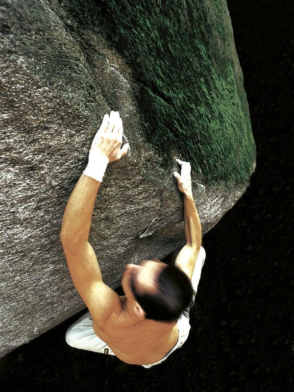 Bouldering at Cresciano, Massimo Malpezzi