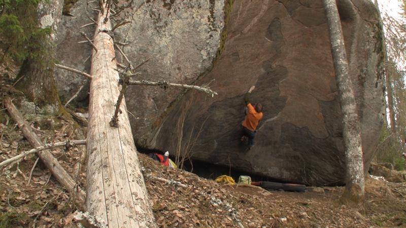 Il boulderista Finlandese Nalle Hukkataival, Ville Kurru