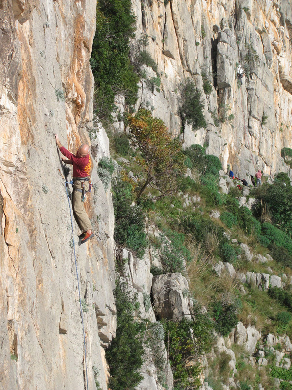 On the beautiful slab Recinto Ruspante., Bruno Moretti