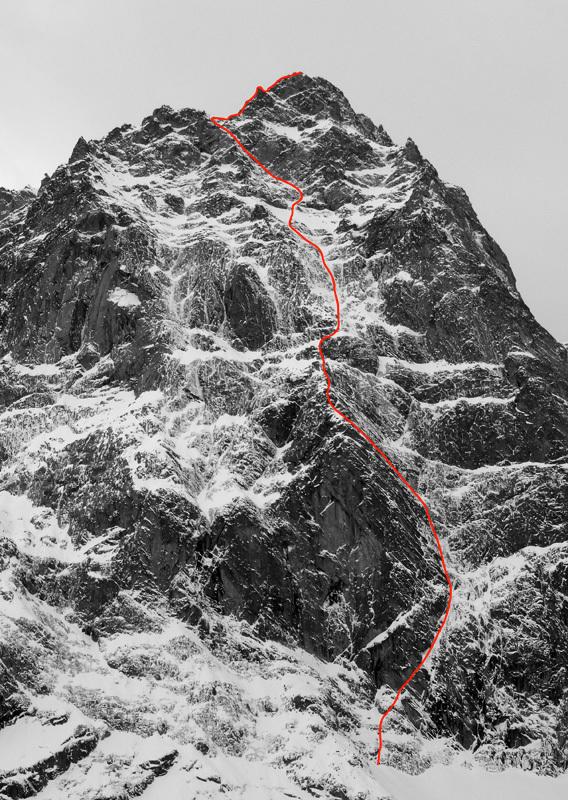 Eyes Wide Shut (900m, ED1, M6, AO, UIAA IV+, Matt Helliker e Jon Bracey 20/11/2012), parete NE del Mont Rouge di Greuvetta (massiccio del Monte Bianco) , Bracey & Helliker