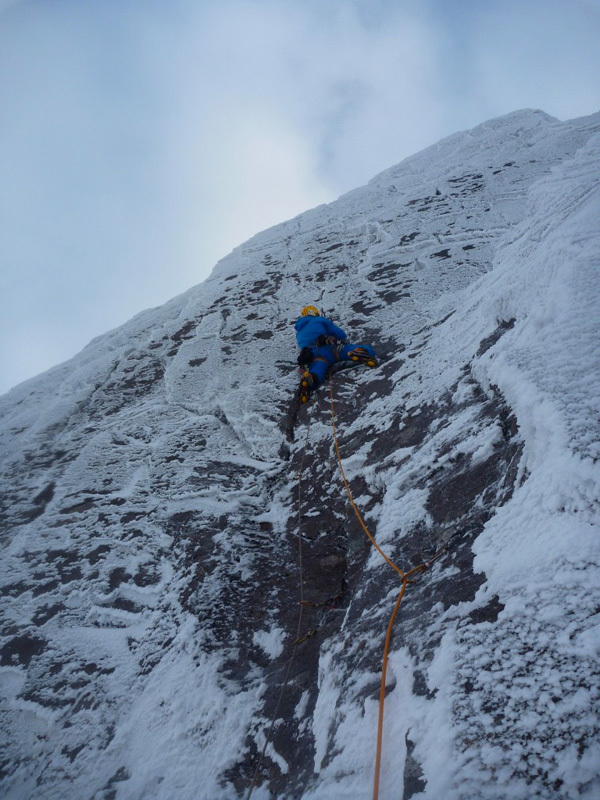 Greg Boswell making the first ascent of Tomahawk Crack (VIII,9), Ben Nevis, Scotland, Adam Russell