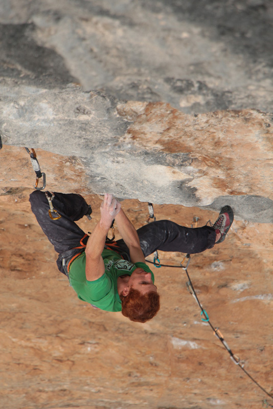 Gabriele Moroni on Joe Blau at 8c+ at Oliana, Spain, Mauro Giordani