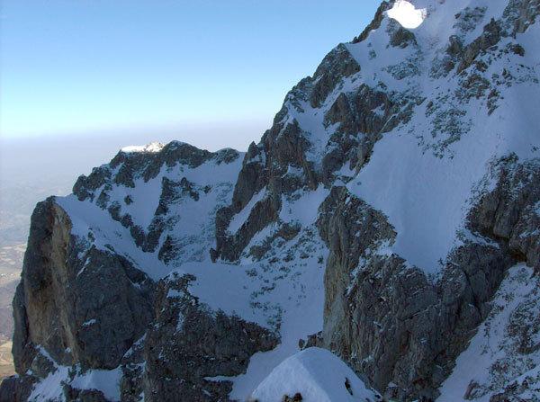 La nord del Monte Camicia in veste invernale, arch. A. Di Donato