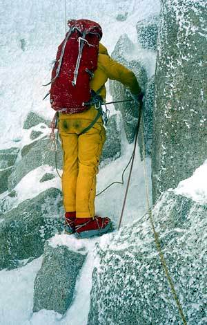 Casimiro Ferrari on the first pitches that lead to the crux., archivio Ragni Lecco