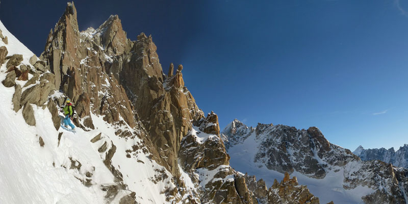 04/01/2012: probabile first ski and snowboard descent of the Face Sud Est dell'Aiguille du Chardonnet (Mont Blanc) by Davide Capozzi, Julien Herry and Luca Rolli., archivio Davide Capozzi