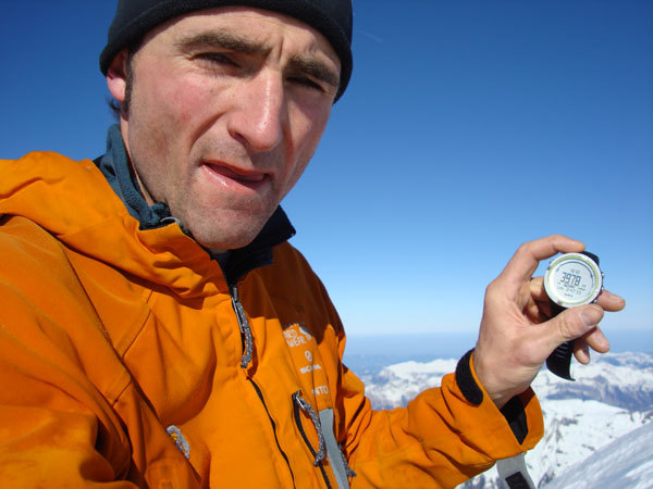 Ueli Steck sets new speed record on Eiger Heckmair route in just 2:47:33., Ueli Steck