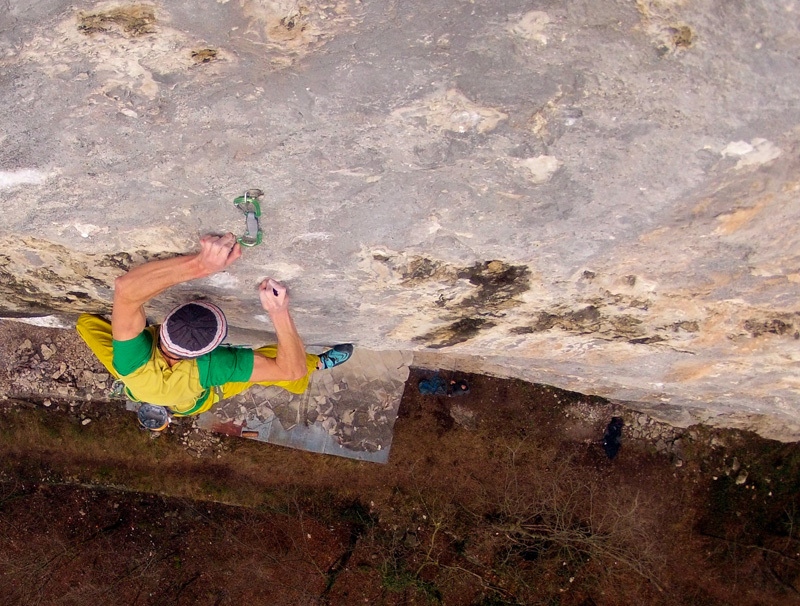 Riccardo Scarian climbing Child in Time 8c+, Fonzaso, achivio Riccardo Scarian