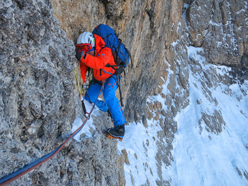 In action on La Legrima, North Face of Sassolungo, climbed by Adam Holzknecht and Hubert Moroder, archivio A. Holzknecht, H. Moroder