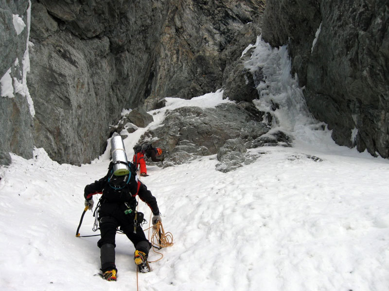 Nel canale del Col des Avalanches, Sergio De Leo