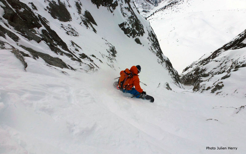 18/01/2013: Davide Capozzi, Julien Herry and Manu Gross in the Couloir a Jess, Flammes de Pierre (Mont Blanc)., Julien Herry