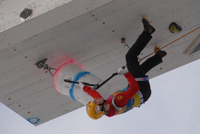 Angelika Rainer vince a Rabenstein nella terza tappa di Coppa del mondo di arrampicata su ghiaccio, UIAA