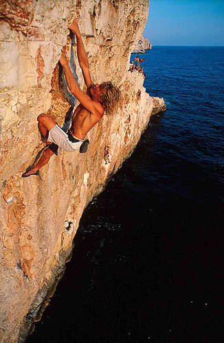 Deep Water Solo in Croazia., Simon Carter
