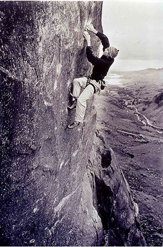 Trauma E9 7a, Dinas Mot, Llanberis, Galles, Ray Wood