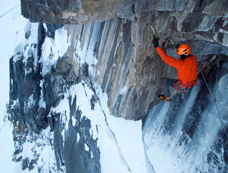 The God Delusion (175m, M8+ WI5+), Stanley Headwall, Raphael Slawinski
