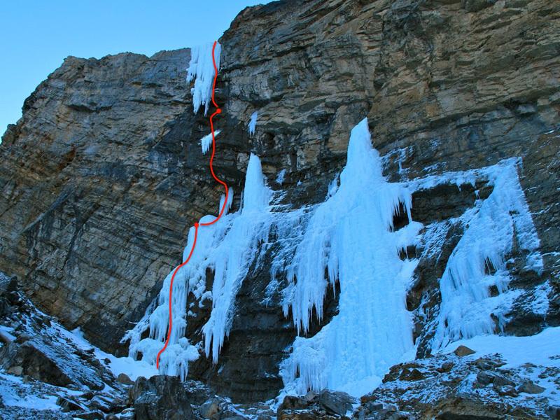 Nachtmahr, 85m, M9 WI5, Maze Peak, Dry Ranges, Canada , Raphael Slawinski