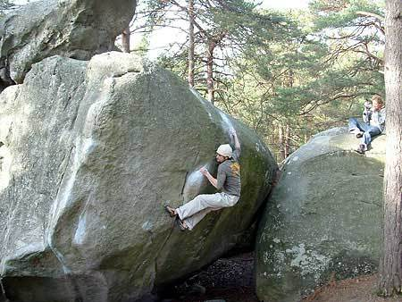 Luca Parisse sending Karma at Fontainebleau (France) , archive Luca Parisse