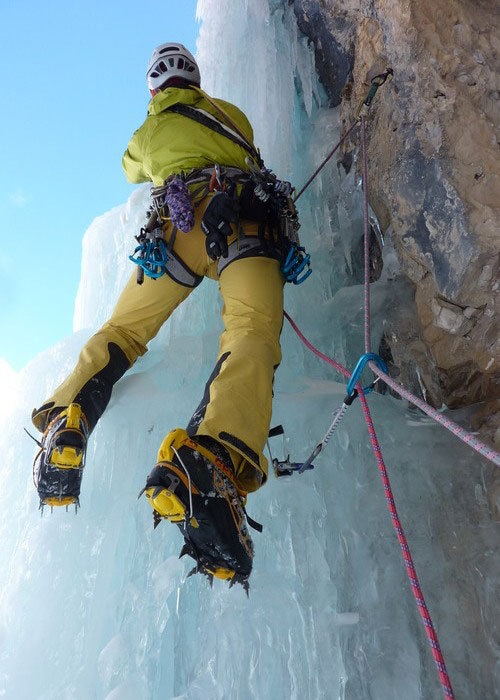 Andrea Gamberini on pitch 3 of Attraverso Travenanzes, Beppe Ballico