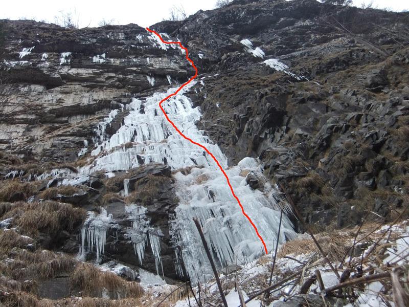 Ice denager, Val Remir (200m, WI6 M7, Giorgio Tameni, Luca Tamburini, 25 & 28/01/2013), Giorgio Tameni