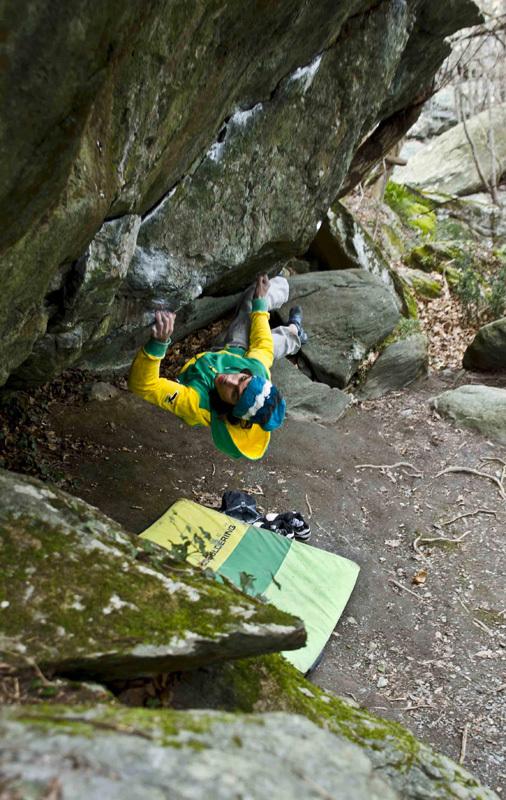 Niccolò Ceria ripete il boulder Gandalf il grigio 8B+ a Varazze., Rudy Ceria