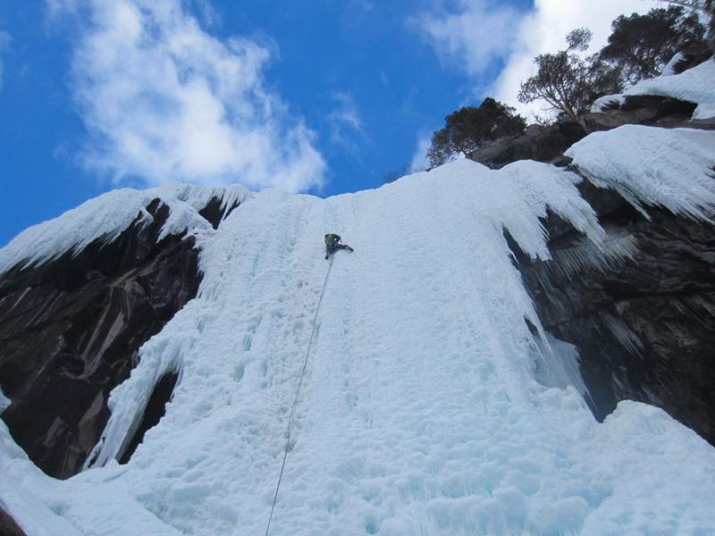 Cascate di ghiaccio in Norvegia: Fossekjerringa (II/WI 5, 100m), archivio Elio Bonfanti