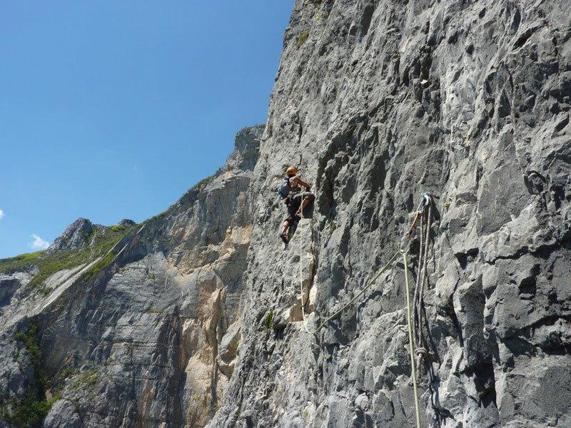 Grandi lughezze su roccia da favola su una via di Heinz Grill, archivio Ivo Ferrari