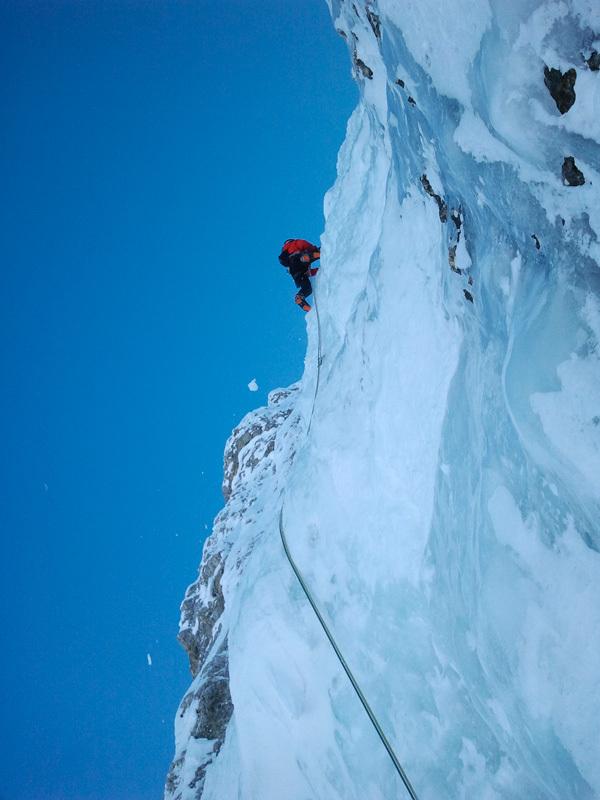 Sul tiro della rivelazione, ovvero la larga castcata di ghiaccio alta che ha attirato l'attenzione di Andreas Tonelli, archivio Angelo & Tonelli