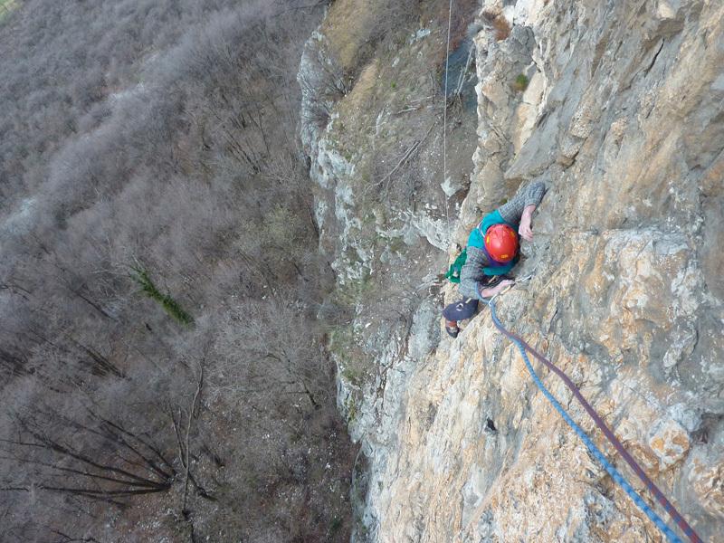 Via Annamaria, Pala del Cammello (V+/VI, o A1, Aldo Anghileri e Sergio Panzeri 19/04/1973): rock similar to that in Valle di Sarca, Ivo Ferrari