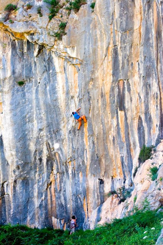 Severino Scassa climbing at Andonno, archivio Severino Scassa