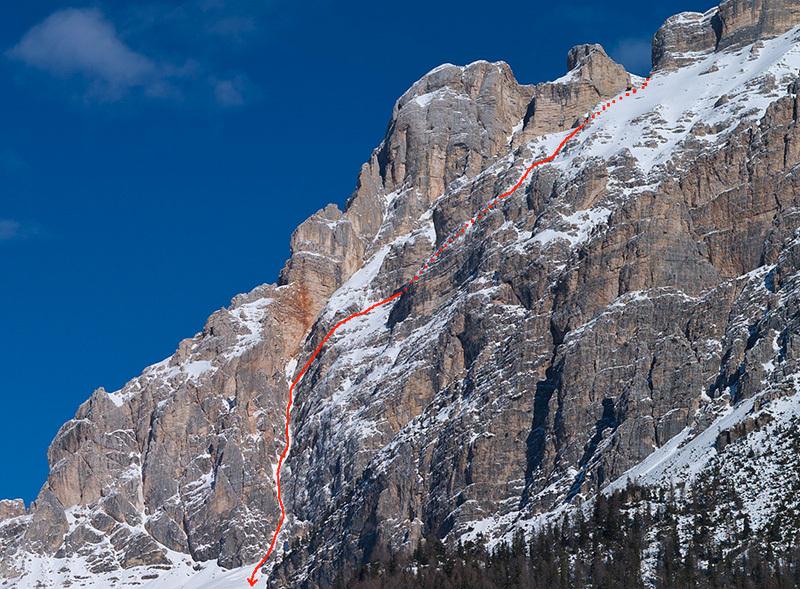 La parete Ovest del Piz Lavarella, Dolomiti, sciata per la prima volta il 10/04/2013 da Francesco Tremolada e Andrea Oberbacher: 1000 m - AD - 5.2/E3, Francesco Tremolada