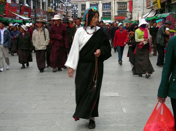 Lhasa Barkhor, Manuel Lugli