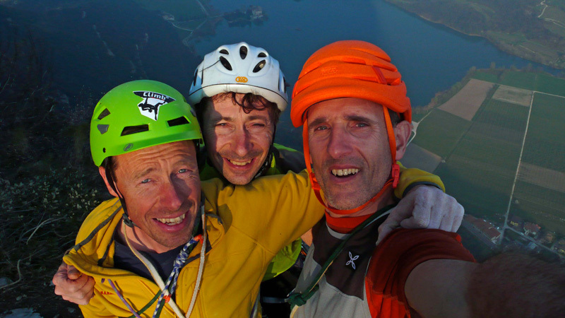 Luca Giupponi, Herman Zanetti and Rolando Larcher on the summit, archivio Rolando Larcher