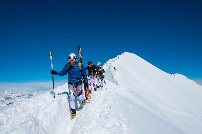 Squadra impegnata sulla cresta del Castore, Marco Spataro