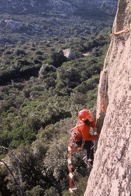 1983. Cecilia Marchi during the first ascent, at the start of her career, with hobnailed boots., Bruno Poddesu