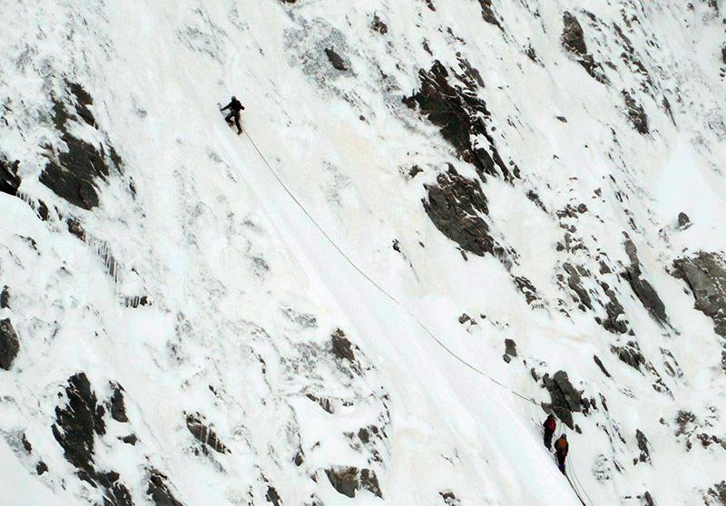 Su Ghost Face, parete Nord Est dello Hubshorn (3192m, Alpi Pennine), archivio Zanoli - Pagnoncelli - Gallian