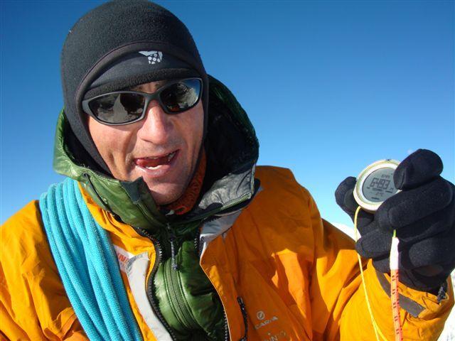 Tengkangpoche, Nepal 6500m. Ueli Steck su