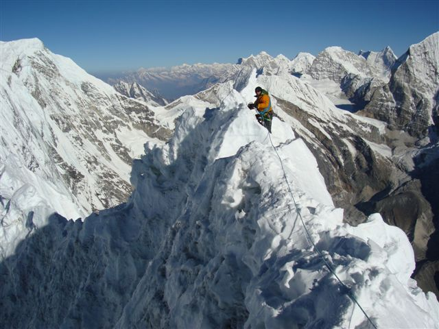 La cresta sommitale di Tengkangpoche (6500m), Nepal., Steck archive