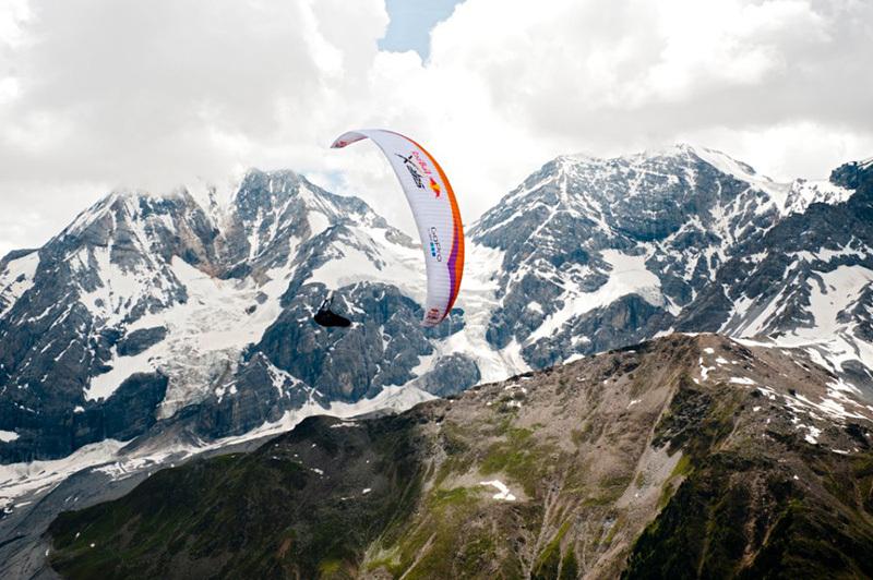 Durante il Red Bull X-Alps 2013, Red Bull