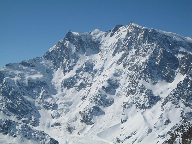 Monte Rosa con la Est del Marinelli, archivio Beppe Dallona