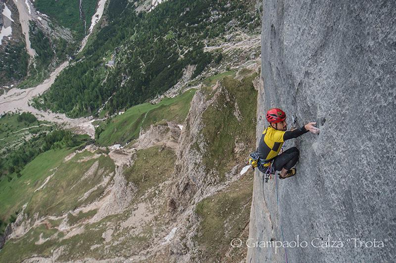 Geremia Vergoni climbing Invisibilis, South Face Marmolada d'Ombretta (Dolomites), Giampaolo Calzà