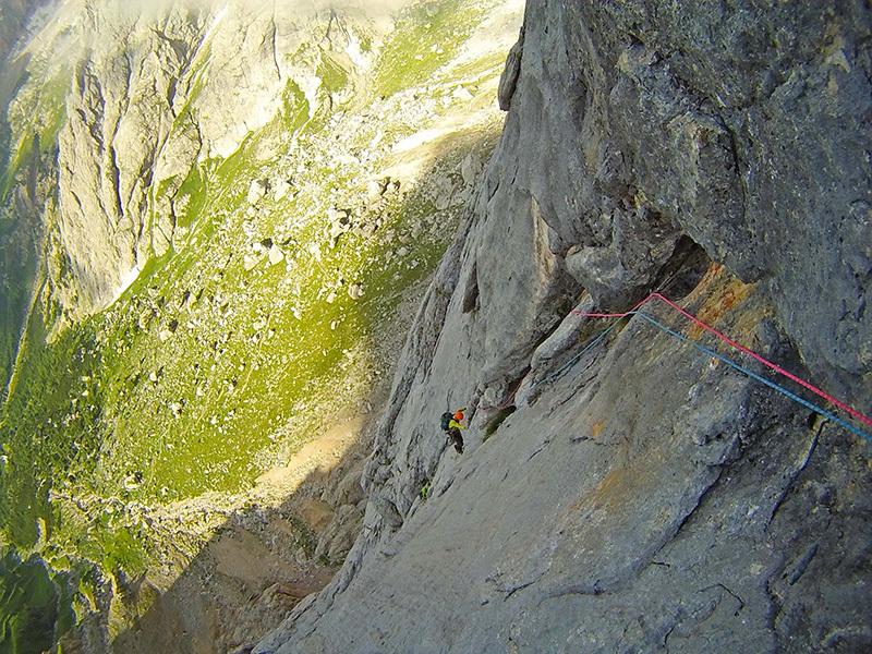 Rolando Larcher sulla via Attraverso il Pesce (Marmolada, Dolomiti)