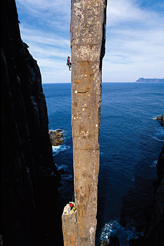 Lynn Hill, The Free Route (25), The Totem Pole, Tasmania, Simon Carter