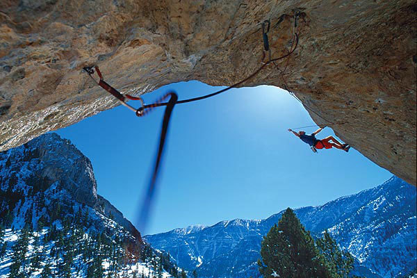 Jason Campbell, Gutbuster (5.14c), Mt Charleston, Nevada, USA, Simon Carter
