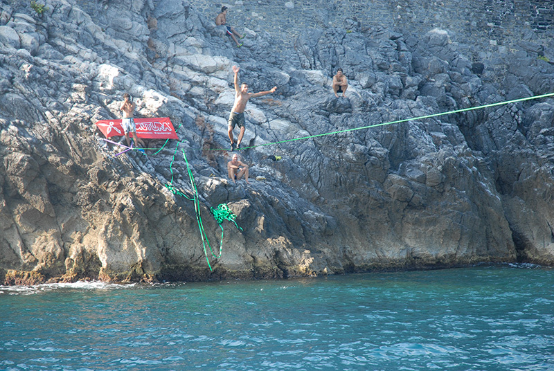The slackline between Isola Palmaria and the Porto Venere promotory, La Spezia., Davide Battistella