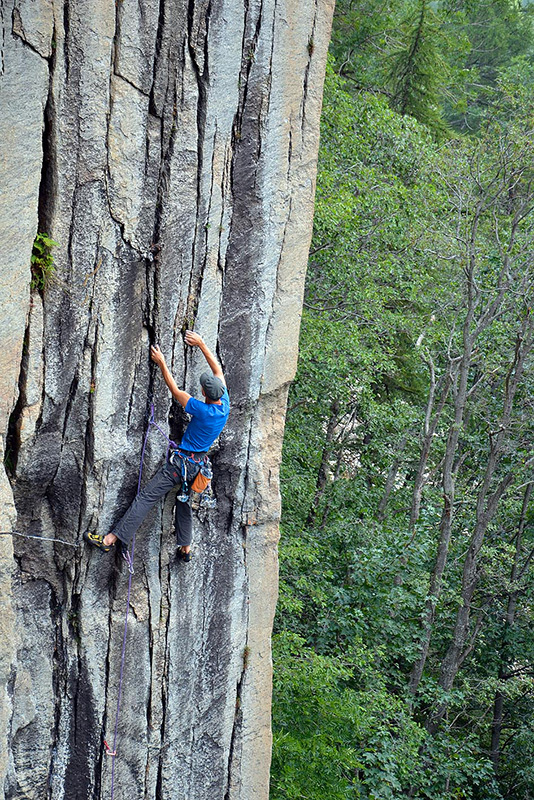 Paolo Seimandi climbing Röyksopp, at Dado., Maurizio Oviglia
